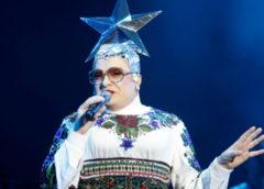 """Где живет и как выглядит мама артиста Андрея Данилко, некогда известного как """"Верка Сердючка""""?"""